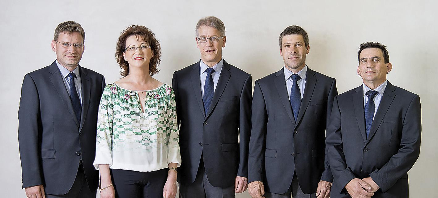 Ein eingeschweißtes Team: Rainer Batlogg, Edith Burtscher, Christoph Feuerstein, Gotthard Loretz und Fritz Burtscher