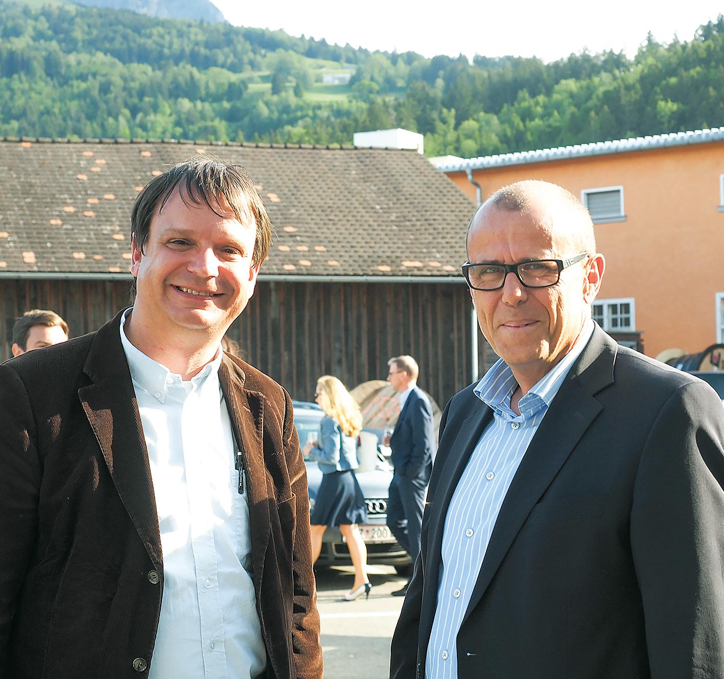 Philipp Tomaselli (li) und Walter Gohm von der Wirtschaft im Walgau initiierten die Elektro-Tagung gemeinsam mit der VKW.