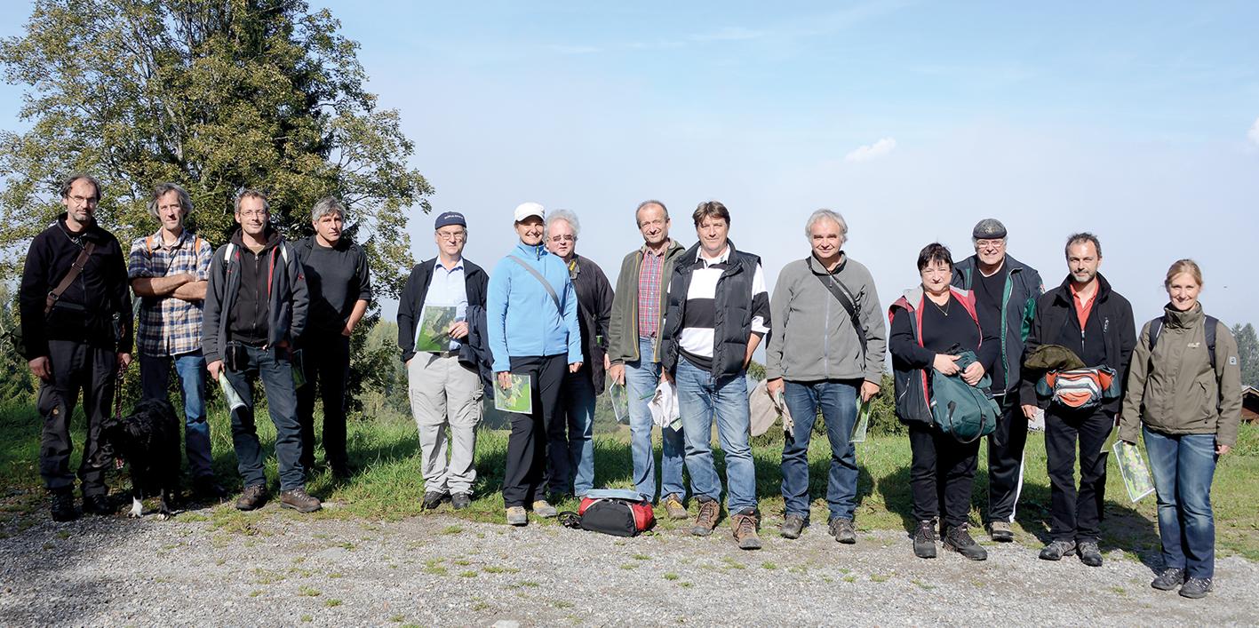 Die Autoren der Naturmonografie waren zwei Jahre lang immer wieder im Gelände unterwegs, um Fauna und Flora am Stutzberg und auf der Bazora genau zu dokumentieren.