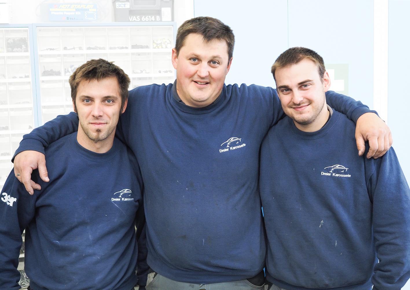 Christoph Dreier mit seinen Einser-Technikern Marco Vonbank (li) und Mathias Heinzle (re)