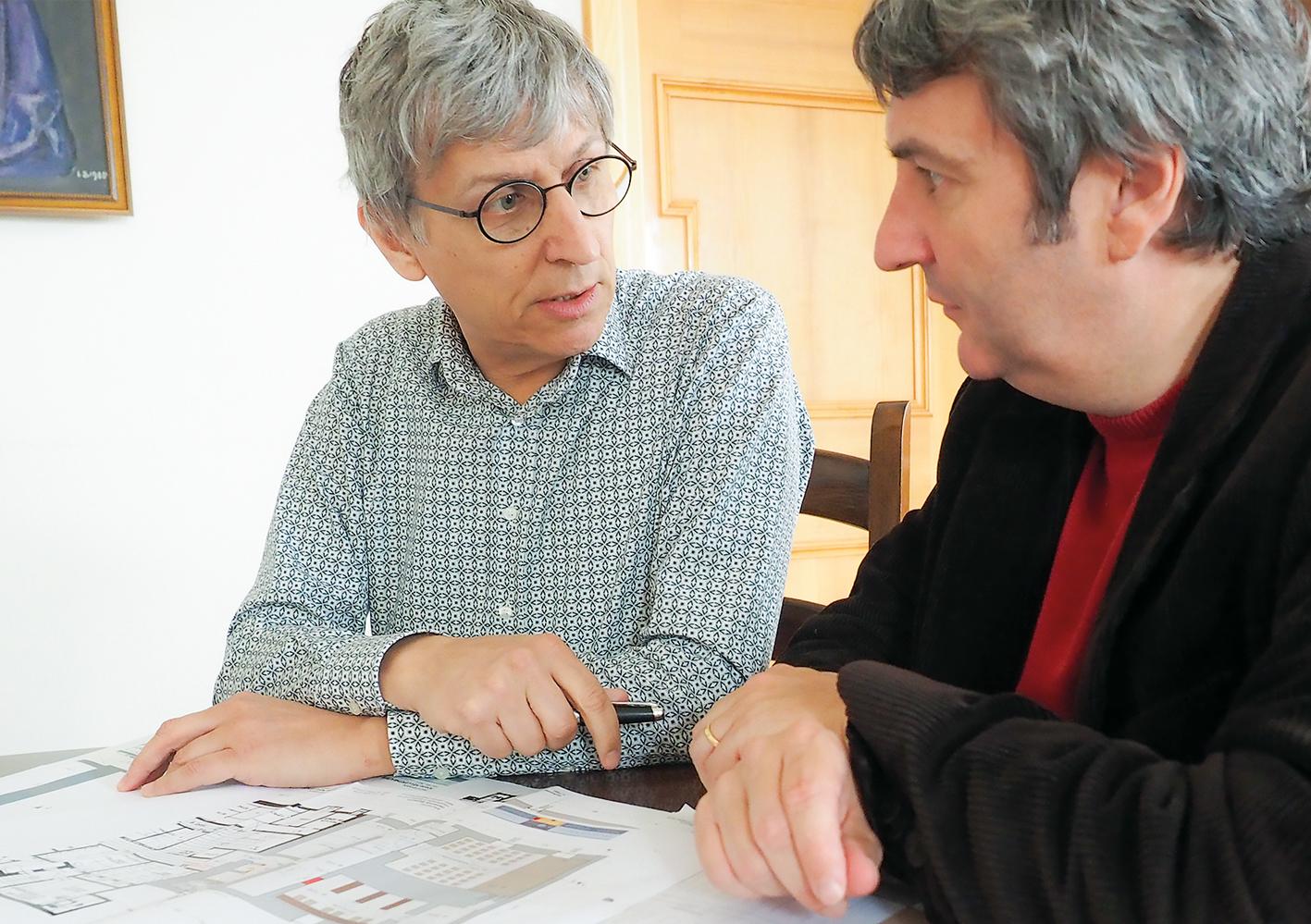 Architekt Josef Wurzer im Gespräch mit Bgm. Michael Tinkhauser.
