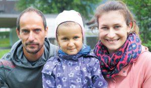 Gabriel und Denise Cristea mit Tochter Timea: Vorfreude auf die eigenen vier Wände